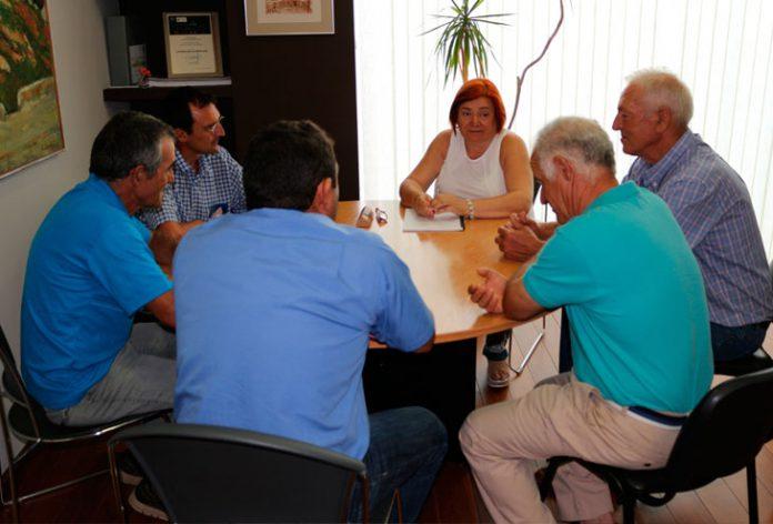 Cándida Verdier en la reunión con los viticultores