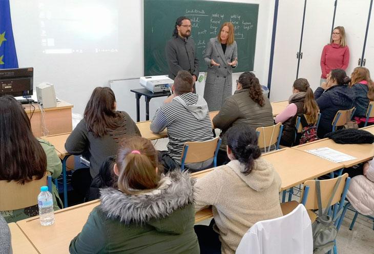15 j venes desempleados participan en medina en un curso - Curso cocina basica ...